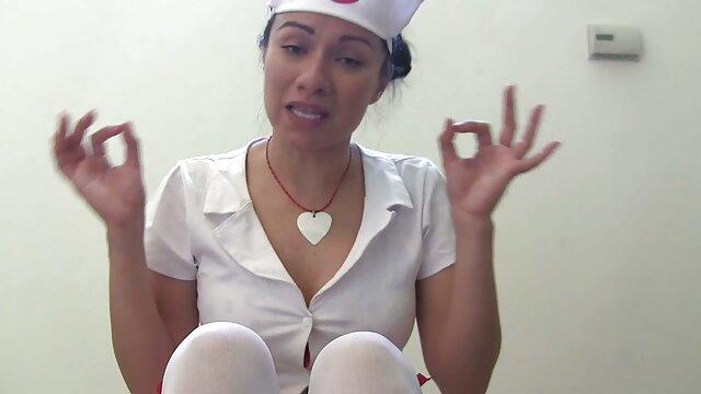 Adoración de pies lesbianas sexogeylatino 3